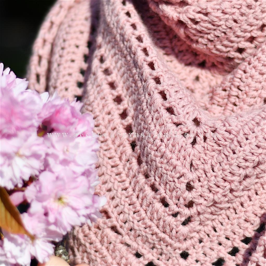 Detail chale crochet en laine pour debutante patron gratuit