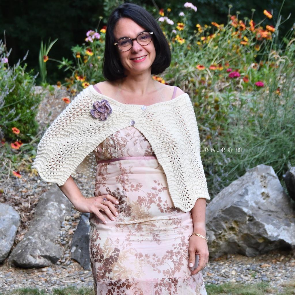 Cape en tricot point vagues pour fete mariage bord ondulé