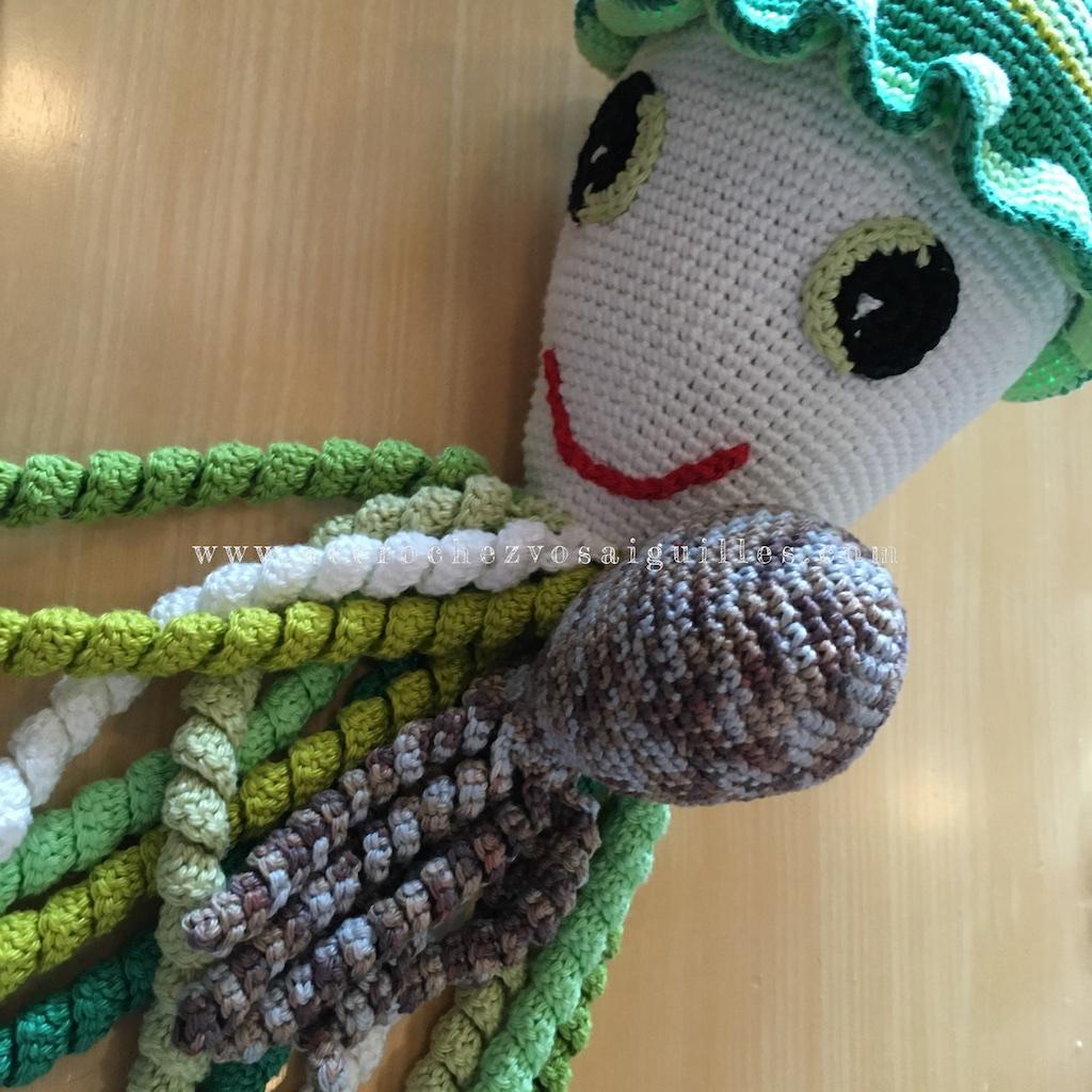 ma petite pieuvre bien accueillie par la mascotte de PPSC