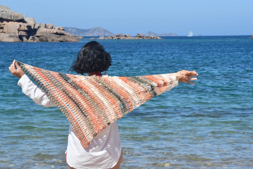 Le chale tregastel en crochet à la plage